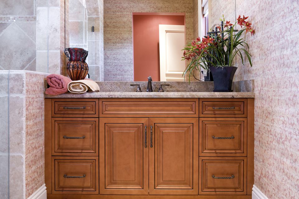bathroom decorating ideas cabinet hardware - Bathroom Decorating Ideas