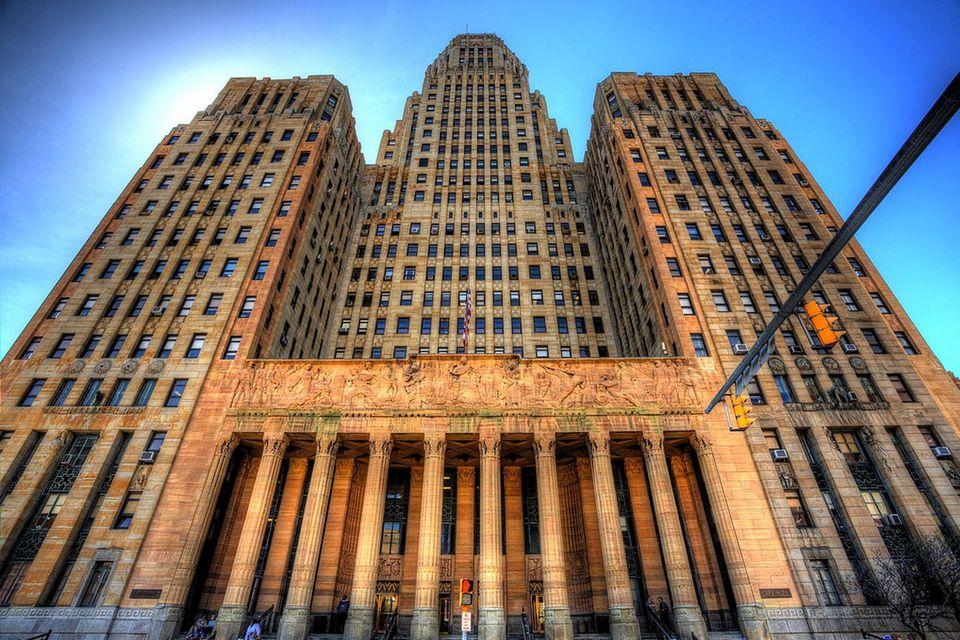 Buffalo City Hall.