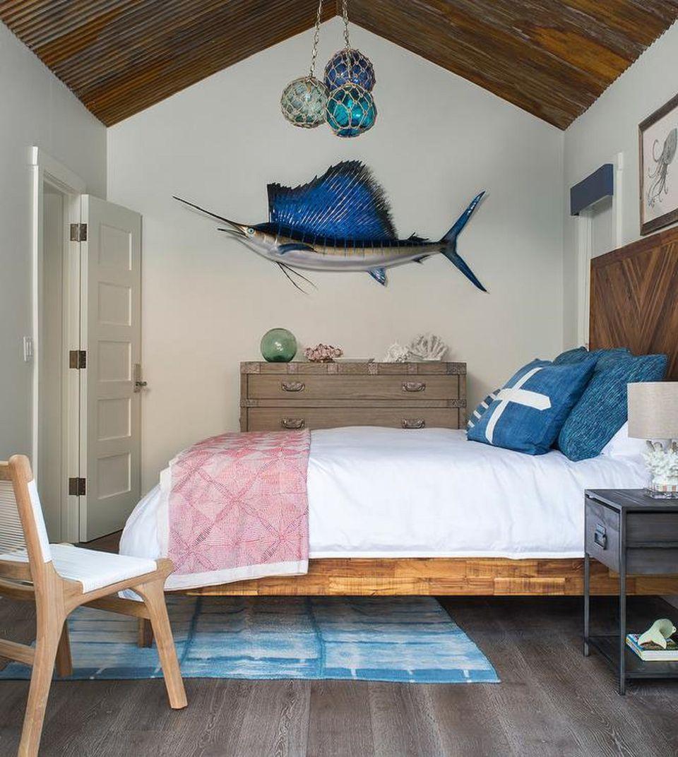 50 gorgeous beach bedroom decor ideas for Fishing bedroom decor