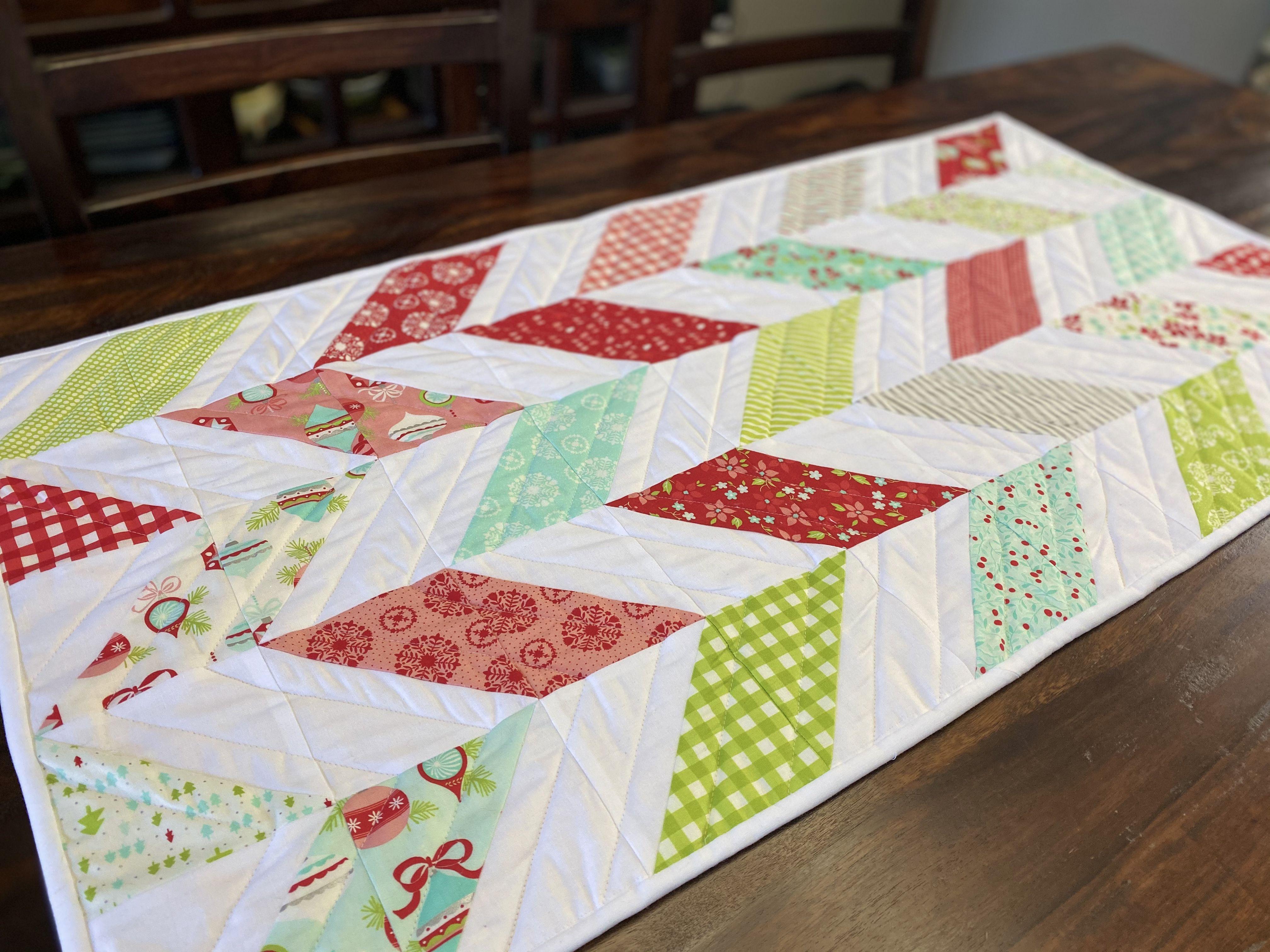 Diy Christmas Table Runner Pattern