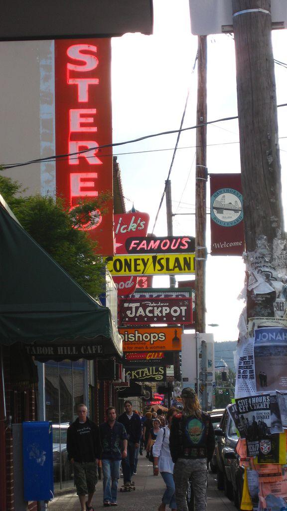Shops along SE Hawthorne Boulevard, Portland