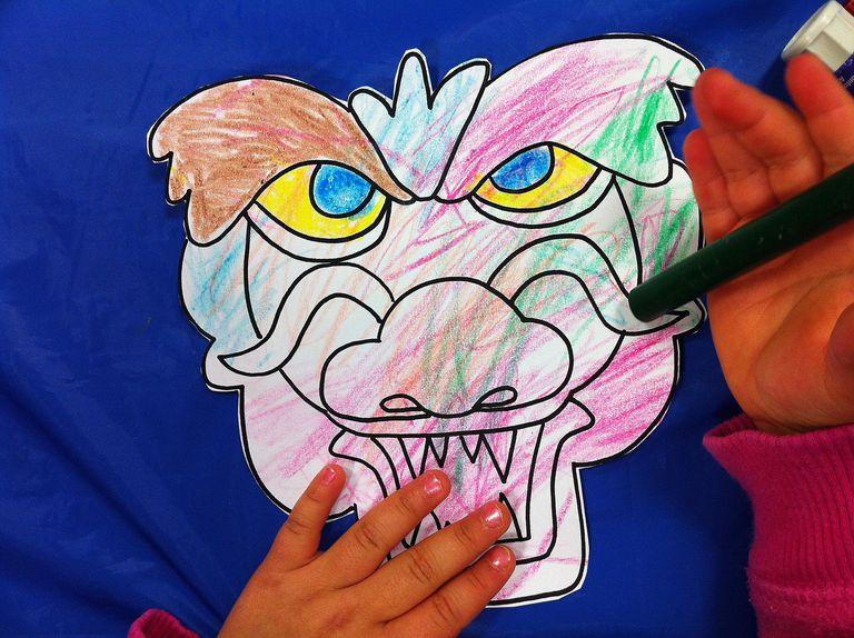 Manualidad de dragón para niños
