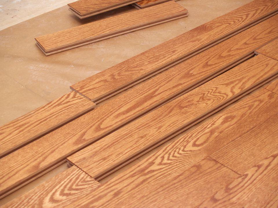 hardwood (oak) floor
