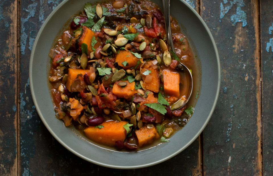 Sweet potato and quinoa bowl - vegetarian and vegan dinner idea