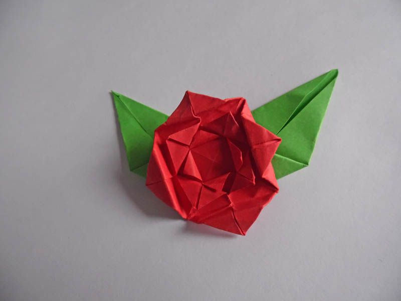 How to Make Red Rose Origami Flower Newbie Edition - YouTube | 600x800