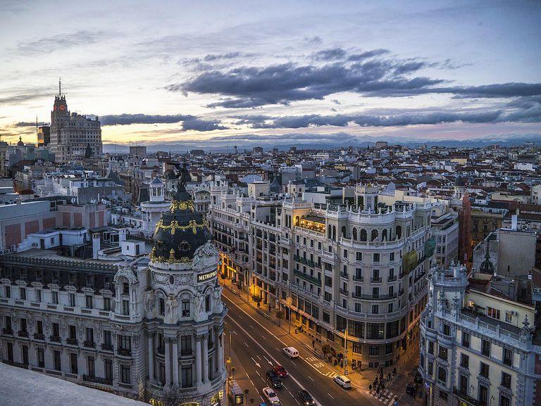 En España se puede comprar la residencia con una inversión inmobiliaria