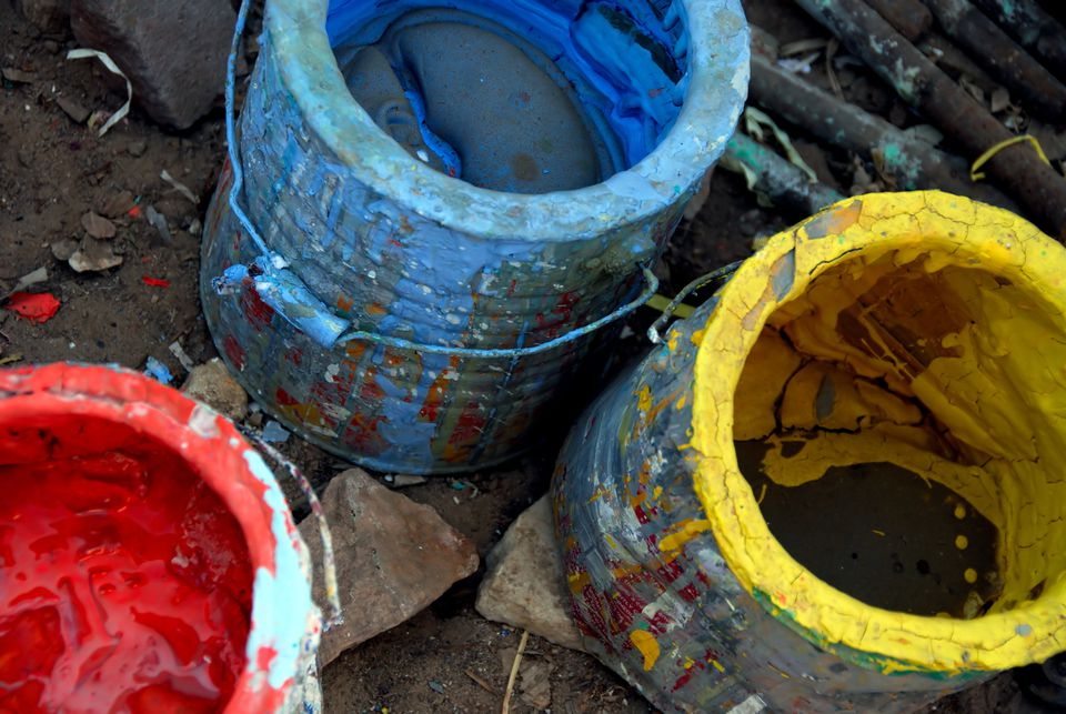 How to dispose of household hazardous waste for How to dispose of empty paint cans