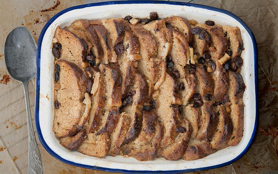 hot-cross-bread-and-butter-pud-1500.jpg