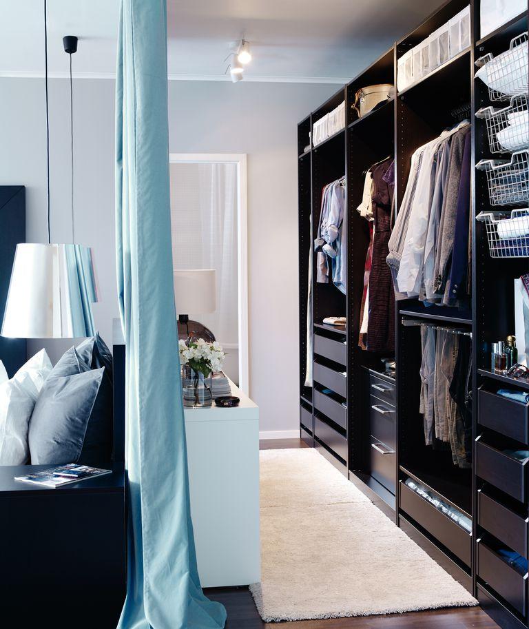 Distribución de un armario abierto para vestidor