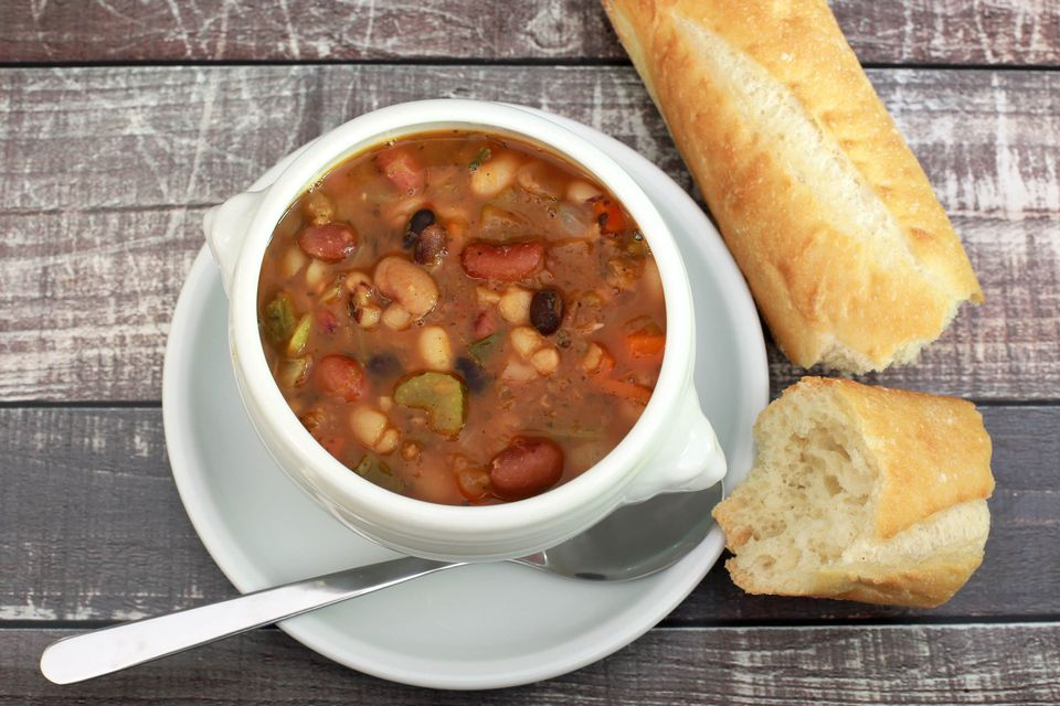 Janetta's 15-Bean Soup