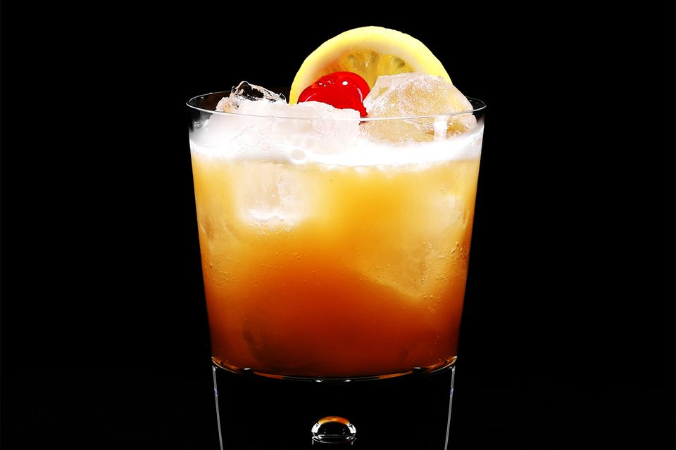 A Classic Whiskey Sour on the Rocks