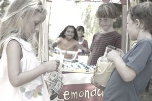 Kids working lemonade stand