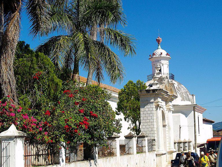 cathedral-el-salvador.jpg