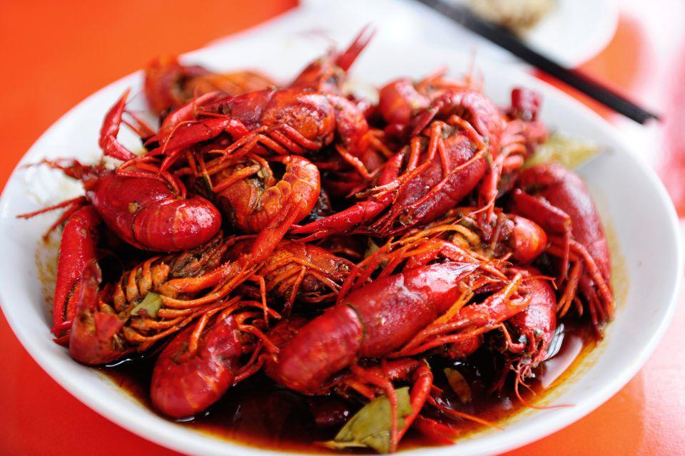 Delicious Spanish crayfish recipe. Crayfish in tomato sauce.
