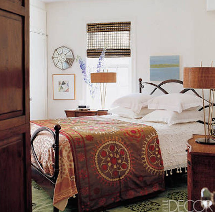 7 Beautiful Celebrity Bedrooms with Bad Feng Shui on celebrity master bedroom suite ideas, celebrity accessories, celebrity library, eligant designs, celebrity decor, celebrity house bedrooms, celebrity living room, celebrity bathroom designs, celebrity tween bedroom, famous designers and their designs, celebrity dressing rooms, celebrity kitchen, celebrity teen bedrooms, elegant decor designs, celebrity interior design, celebrity interiors bedroom, celebrity interior designer, celebrity girls bedroom, shaved head designs, celebrity photography,
