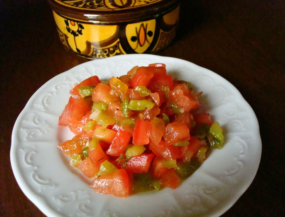 Tomato and Roasted Pepper Salad