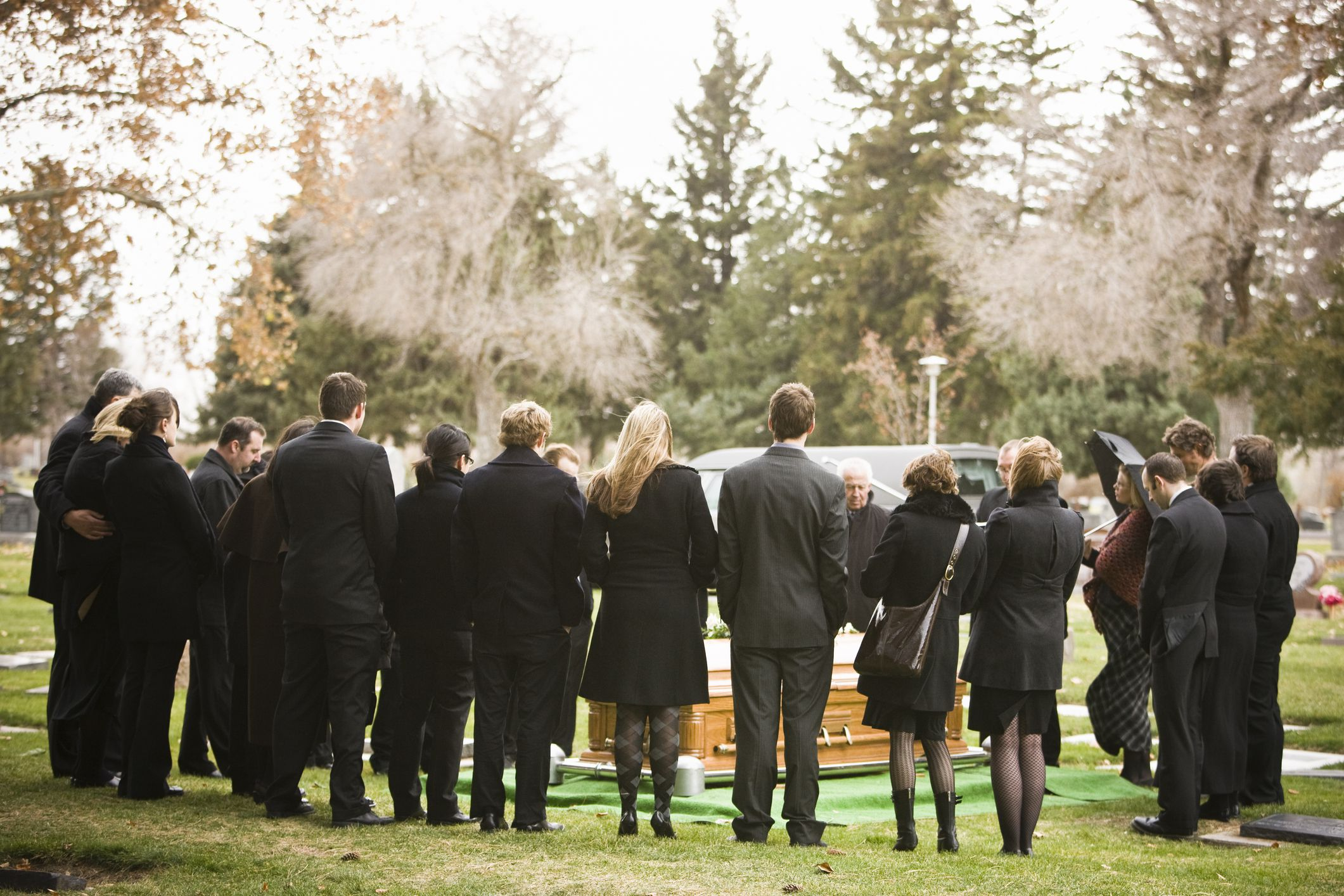 Funeral attendance etiquette tips izmirmasajfo Image collections