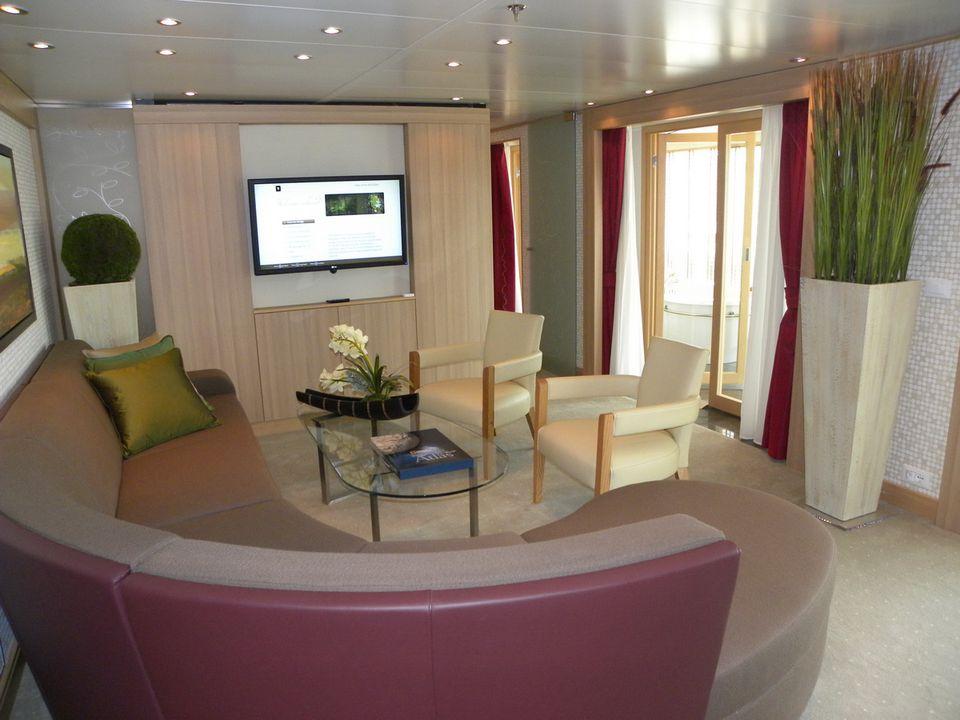 Seabourn Sojourn Wintergarden Suite