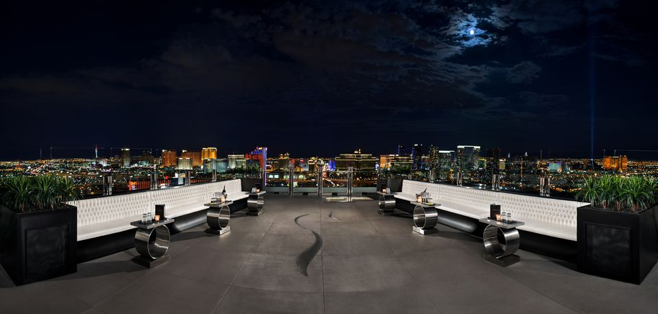 outdoor nightclubs in las vegas