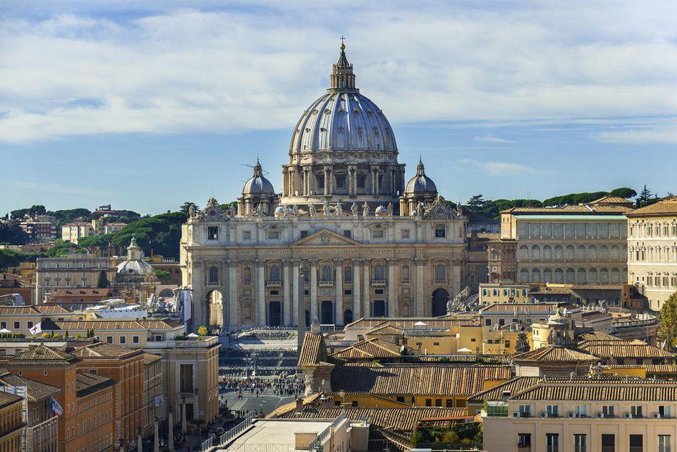 saint peters basilica photo