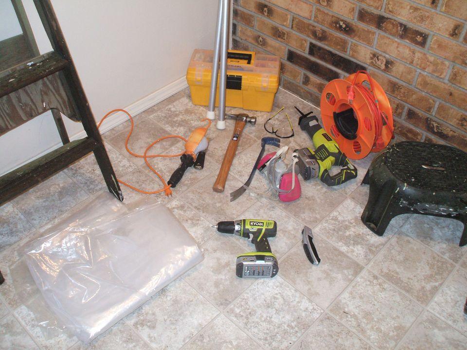 Remove Interior Non Load Bearing Wall - Tools Needed