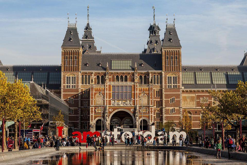 The Rijks Museum and IAMSTERDAM sign