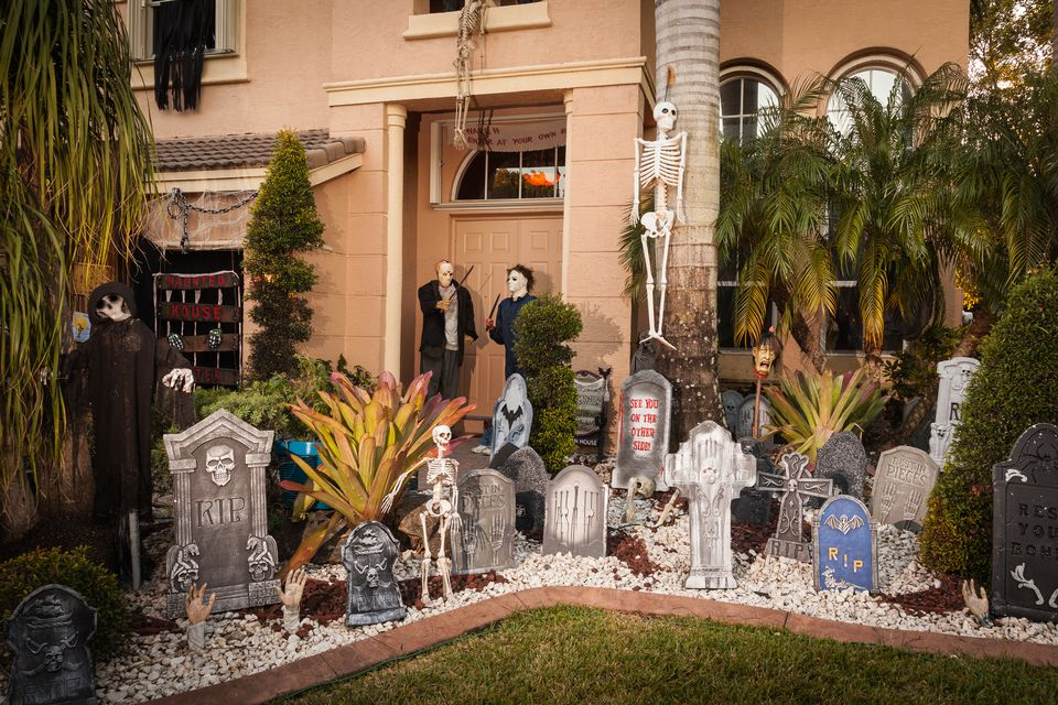 House with Halloween Decocarions