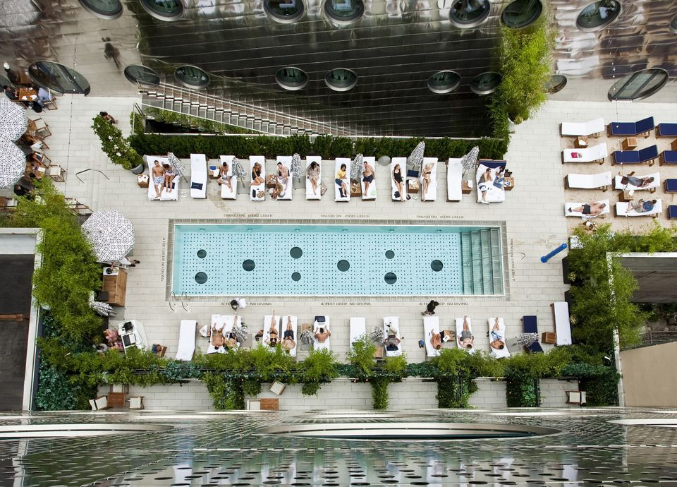 7 Best Hotel Swimming Pools In Manhattan
