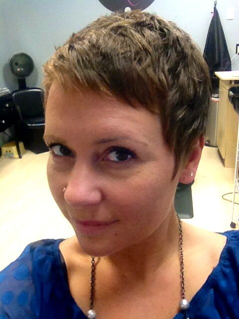 A Step By Step Guide To Growing Out A Pixie Cut