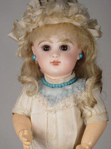 An Introduction To Jumeau Dolls