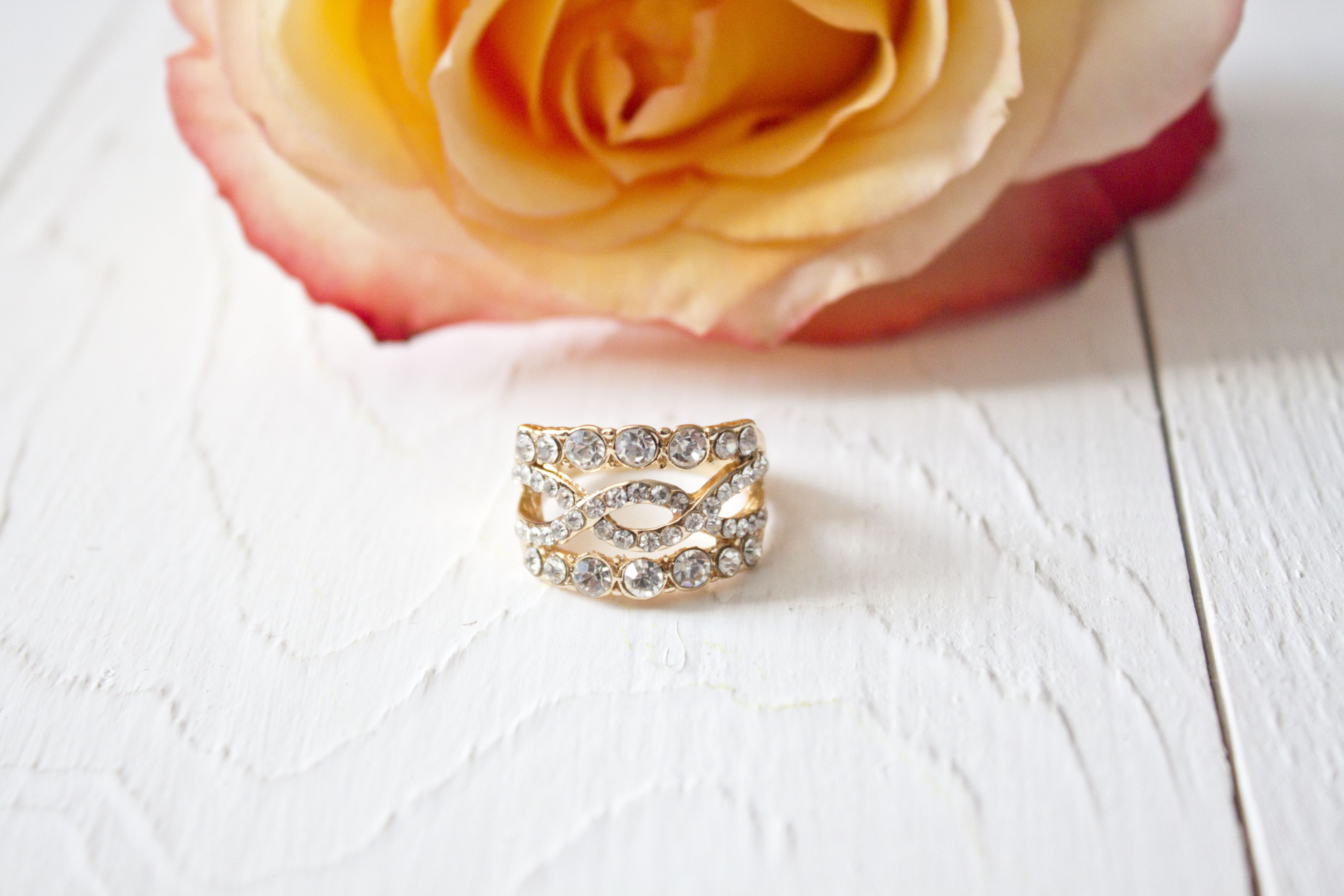 Gift Ideas for Your 10th Wedding Anniversary