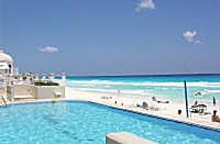 Avalon Grand Cancun all inclusive resort. Photo © Teresa Plowright.
