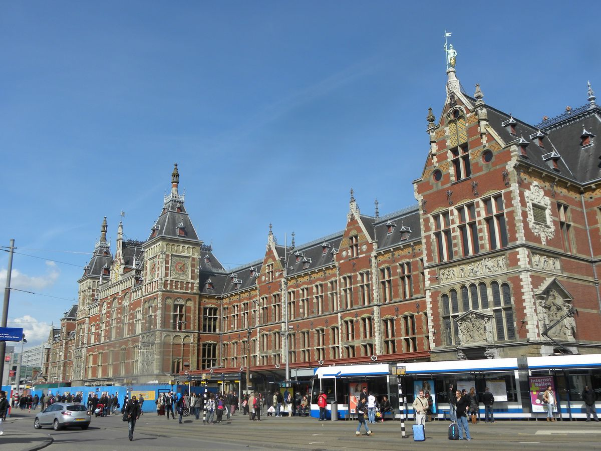 Top Ten Romantic Things To Do In Amsterdam