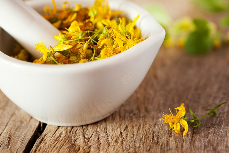 The Uses, Benefits, and Side Effects of St. John\'s Wort