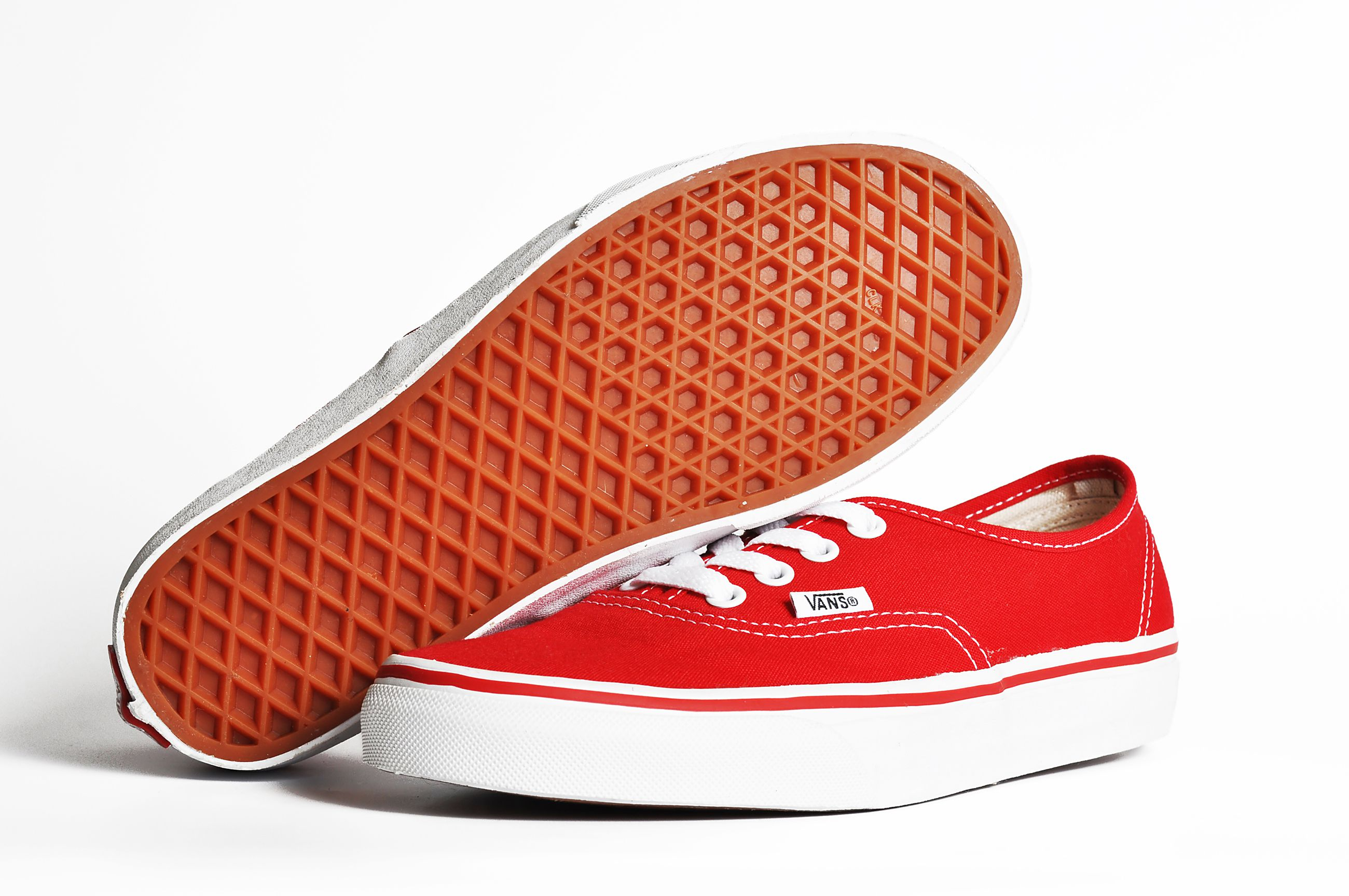 history of vans shoes House of vans was the first store away from the anaheim, calif  the first day  the store opened, around 16 people came in to purchase shoes.
