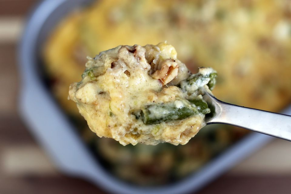 asparagus with walnuts au gratin