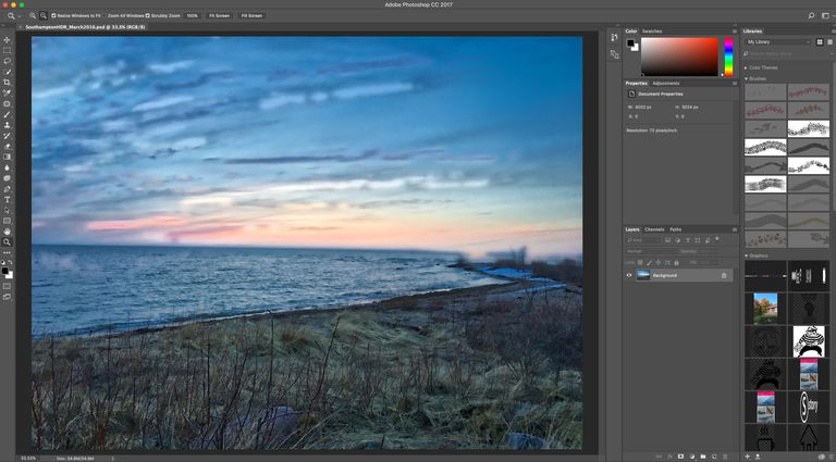 The Photoshop CC 2017 Interface is shown