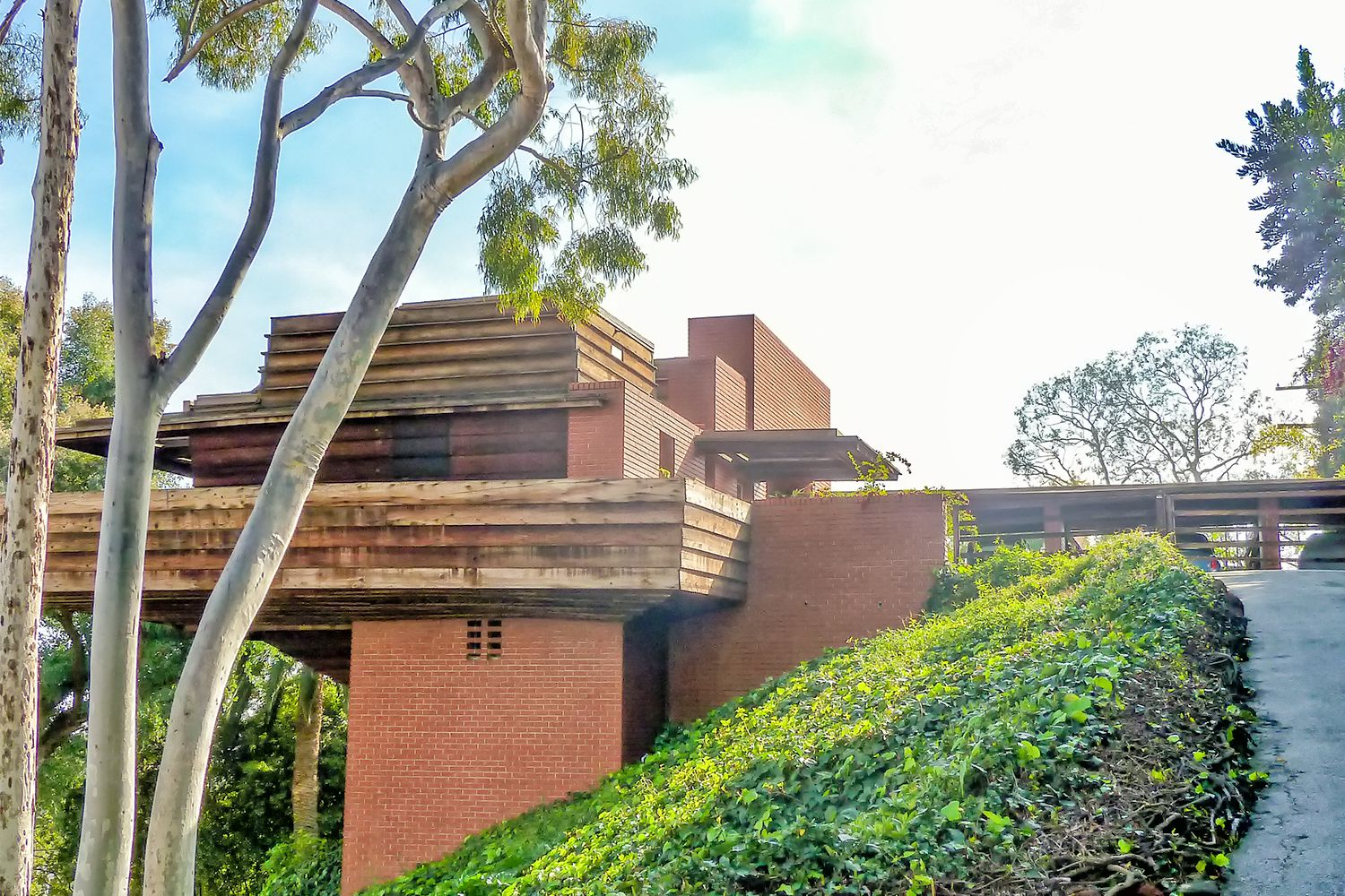 George sturges house frank lloyd wright in los angeles for Frank lloyd wright houses in california