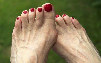 7 Reasons Your Feet Hurt forecast