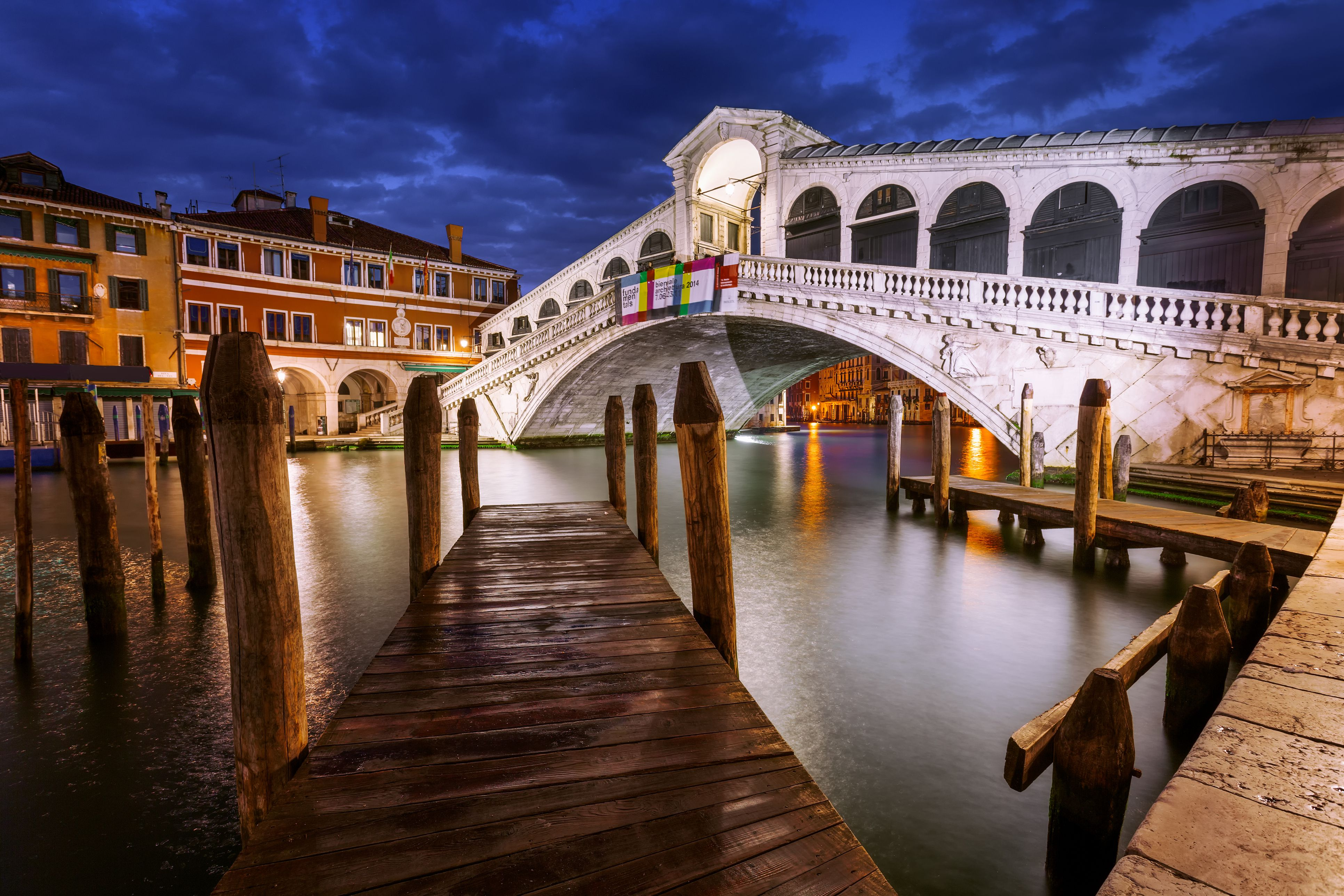 a guide to the most famous bridges in venice italy