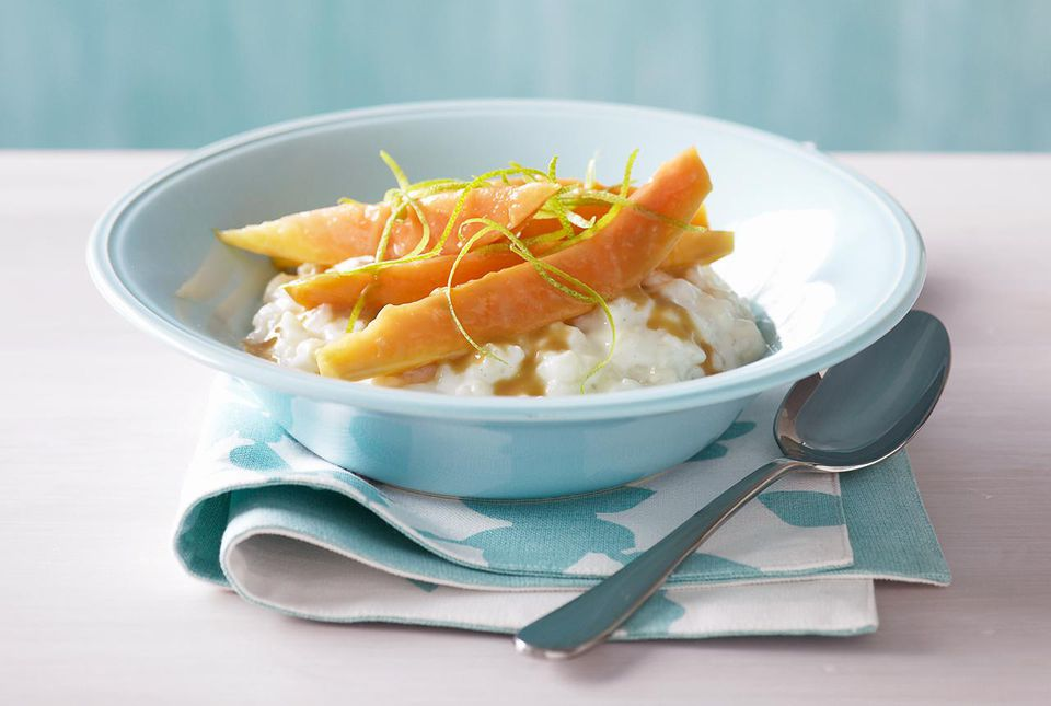 Rice pudding with mango