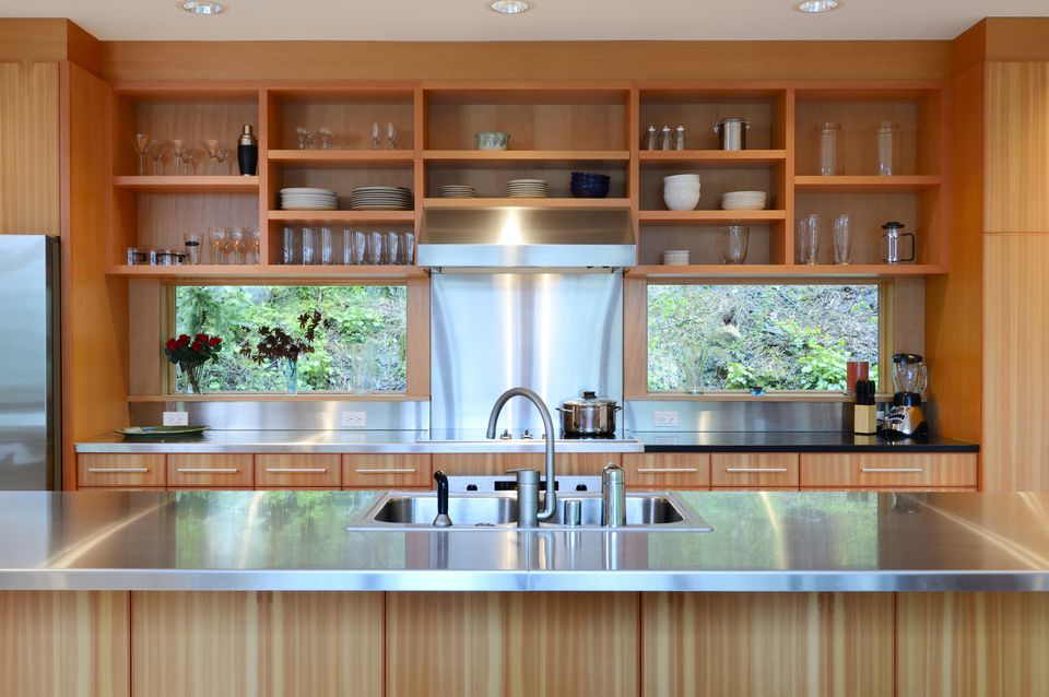 Kitchen Designs That Use Wood