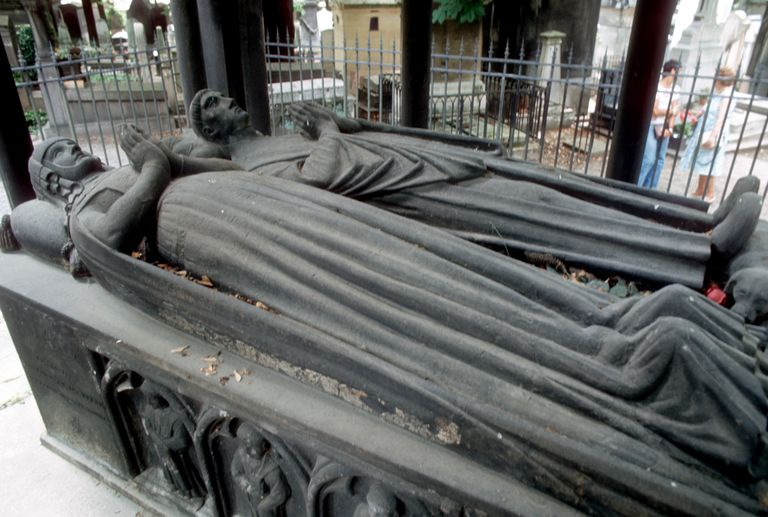Tomb of Abelard and Heloise