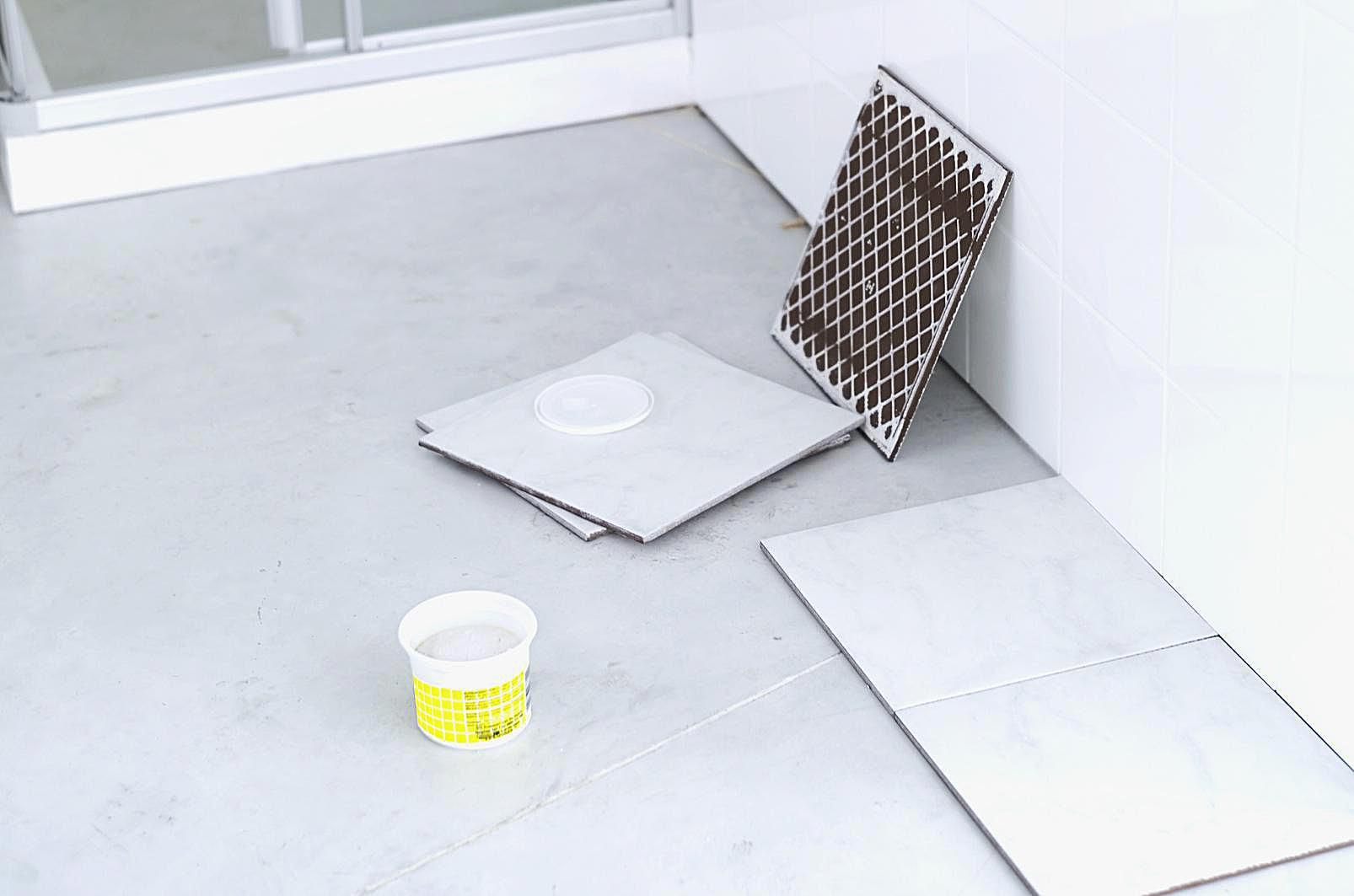 Tile mastic what is it and where to use it tile mortar guide thinset mastic and epoxy dailygadgetfo Images