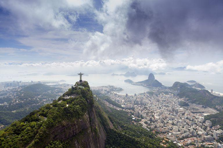 Rio de Janeiro landscape showing Corcovado, the Christ and the Sugar Loaf, UNESCO World Heritage Site, Rio de Janeiro, Brazil, South America