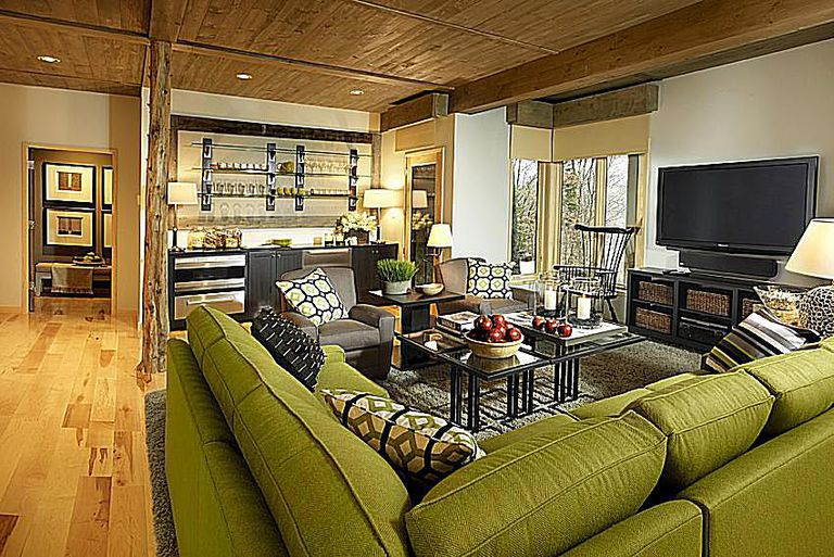 tour of the 2011 hgtv dream home in stowe vt. Black Bedroom Furniture Sets. Home Design Ideas