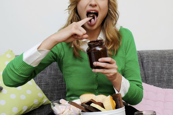 Model poses as woman overeating