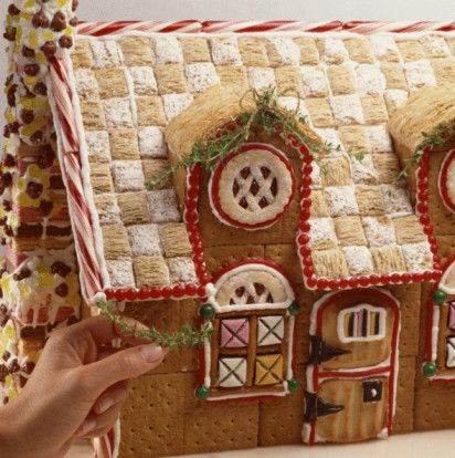 Graham cracker gingerbread houses with pictures for How to make best gingerbread house