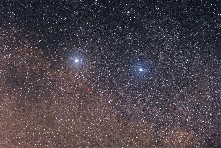 1280px-Alpha-_Beta_and_Proxima_Centauri.jpg