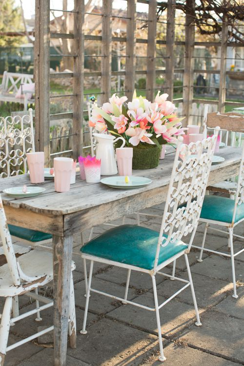 Pastel Tablesetting